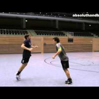 Handball 1-1 training